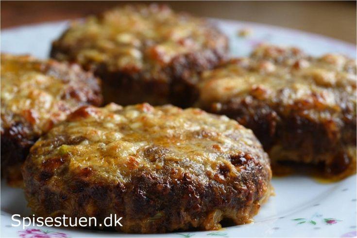 Ostebøffer – hakkebøffer med fyld