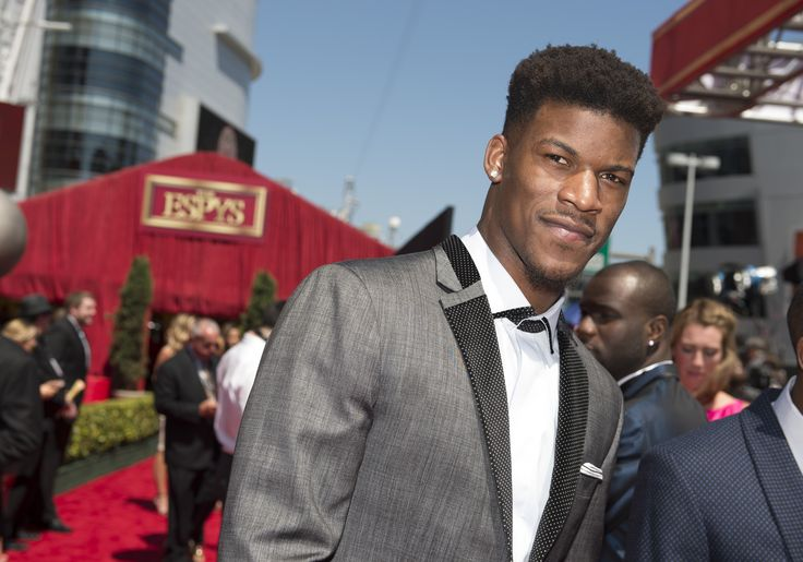 Lakers Rumors: Jimmy Butler Carries Steep Asking Price - http://www.morningnewsusa.com/lakers-rumors-jimmy-butler-carries-steep-asking-price-2368355.html