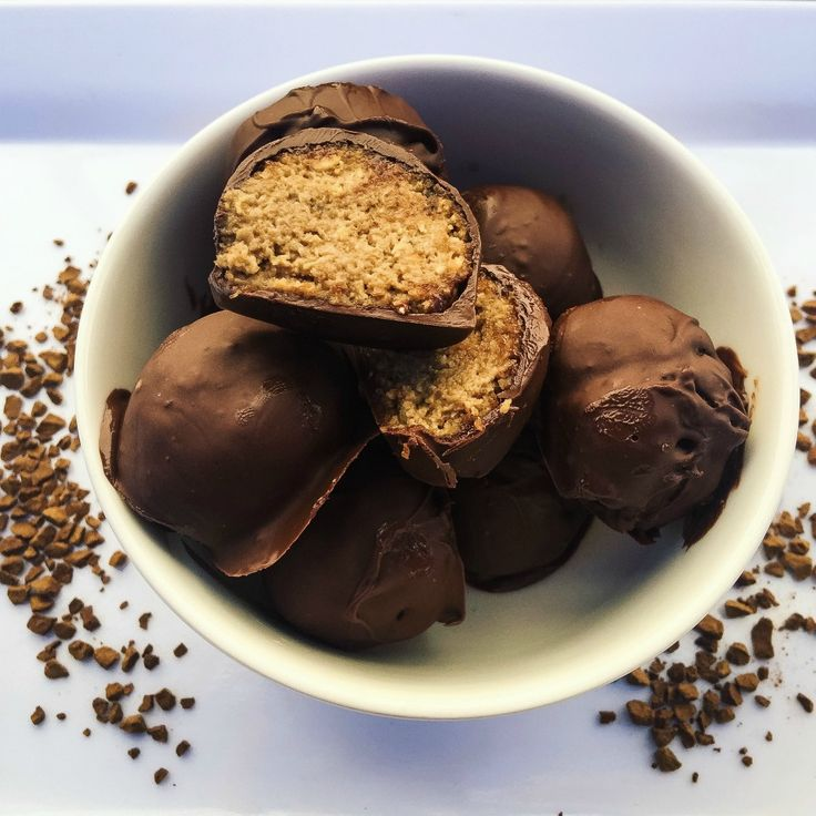 For something sweet for that special someone for Valentine's Day, these coffee truffles are a must-try. Just six pantry cupboard staples is all you need.