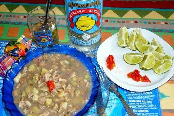 Bébélé de Marie-galante : plats savoureux à base de fruit à pain, de tripes, de bananas vertes et de dombrés
