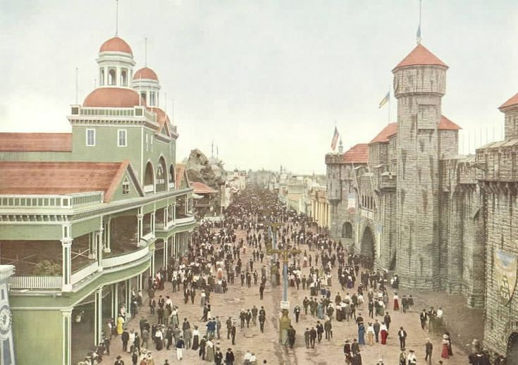 """The Pike"" at the 1904 World's Fair, looking East"