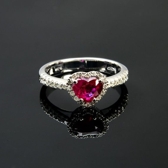 Ring in 18 kt gold with #ruby of 1,03 ct and natural brilliant-cut white #diamonds of 0,24 ct. The #ring is available in white gold, rose gold, yellow gold but you can also customize carats, quality, and color of #gemstones. All our #jewelry are made in italy. Contact us for any particular request.
