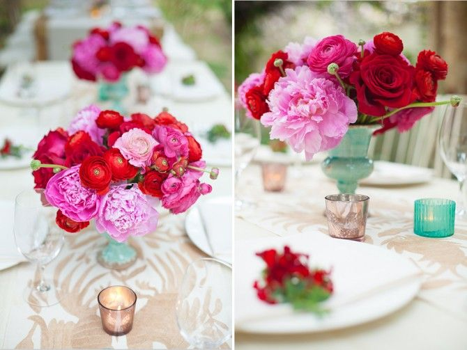 Aqua vases, Red and Pink peonies, by Pina. Cabo, México.