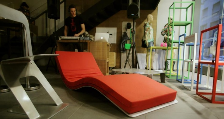 Le vetrine di Brian Milano ospitano DOROLIFESTYLE ARIA & ZERO design collections > http://dorodesign.wordpress.com/2013/04/22/le-vetrine-di-brianbarry-milano-ospitano-dorolifestyle/