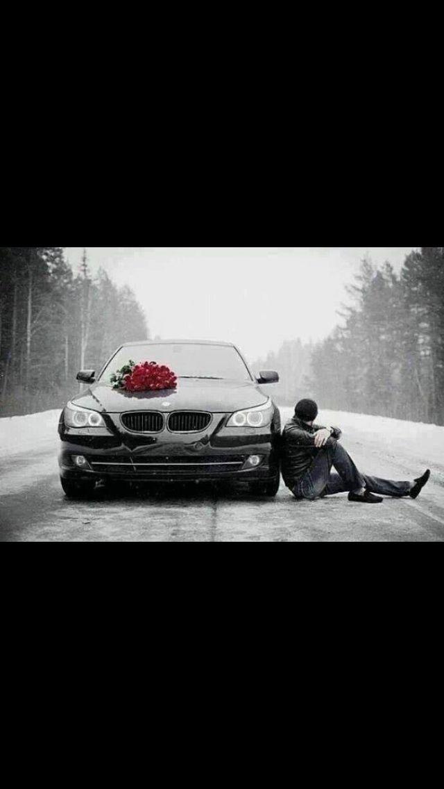 Black•BMW•Roses