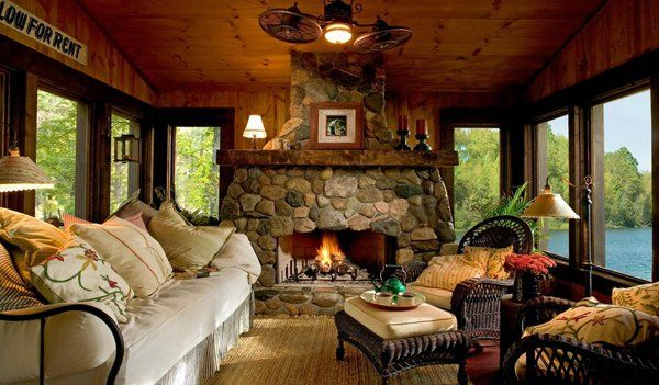 49 Heart-warming fireplaces in warm and cozy living spaces