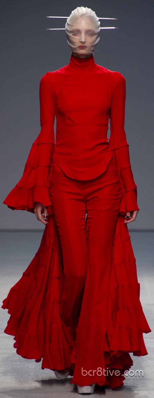 Gareth Pugh Spring Summer 2013 Ready To Wear Collection – Full Length Photos Optimized for Pinterest