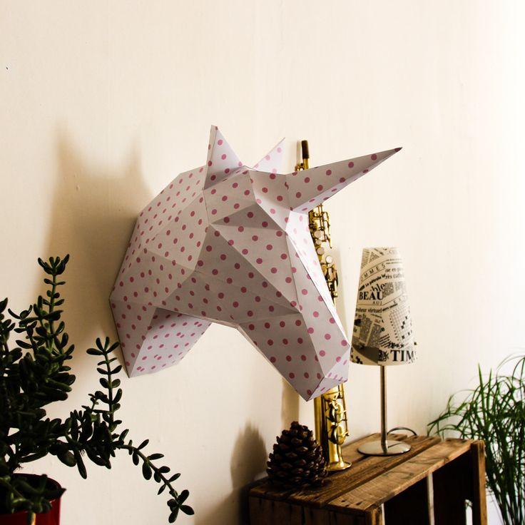 Trophée de chasse Licorne en papier - 42 cm - Blanc