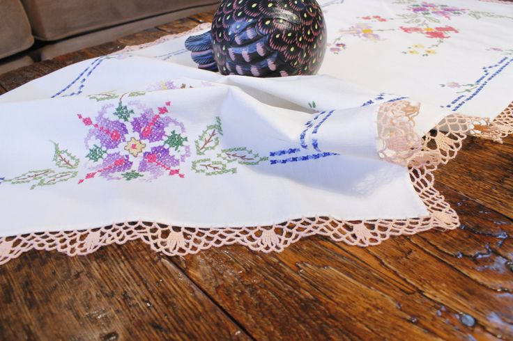 White Table Runner, Embroidered Table Runner, Floral  Linen, Cotton Table Runner by ClockworkRummage on Etsy
