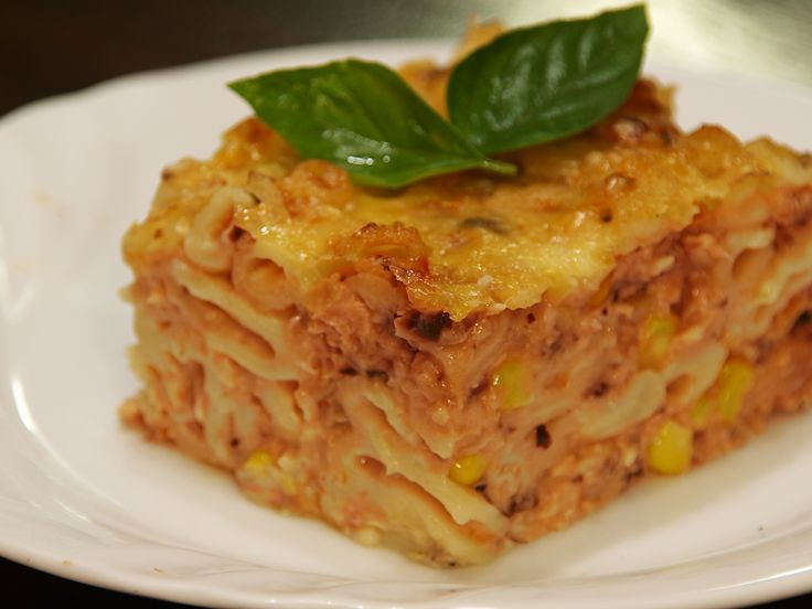 Tinned salmon pasta bake recipe