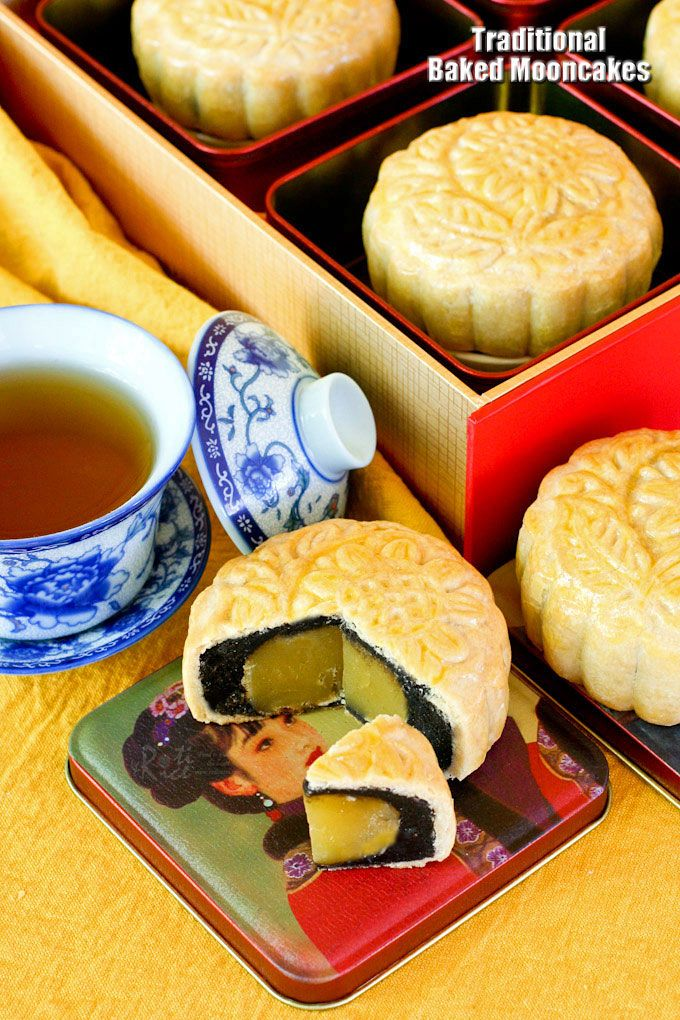 Traditional Baked Mooncakes are a real treat for the Mooncake Festival. These delicious pastries are filled with lotus seed and black sesame paste filling.   RotiNRice.com