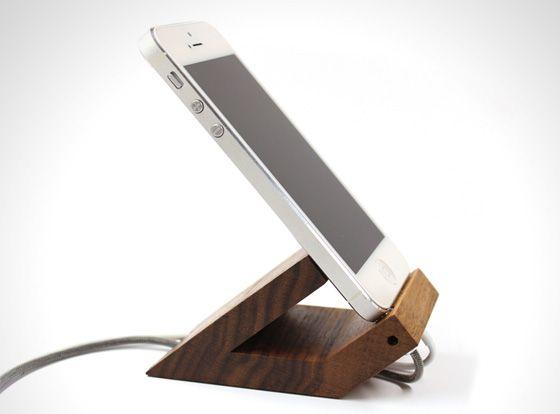 Alors que les docks et autres protections en plastique pour iPhone et iPad sont de plus en plus boudés par les utilisateurs,
