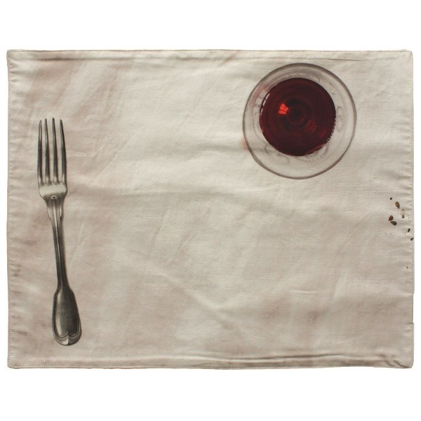 Placemat - Fork & red wine - Part of the 48 Heures collection featuring images of antique French crockery, this is a placemat with an image of a fork and a glass of red wine.    Collection: 48 Heures  Made in France  100% lined Cotton  36 × 47 cm