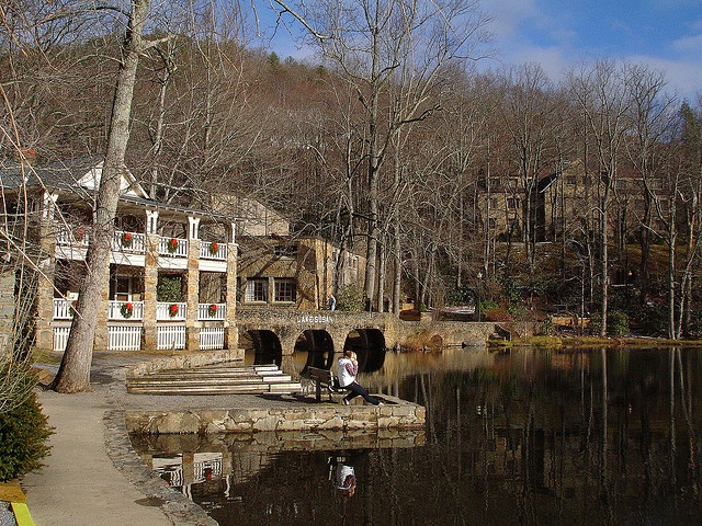 Montreat College in North Carolina Lake susan http://pinterest.com/jessicamstreet/