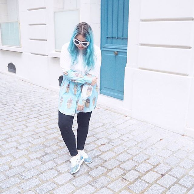 #Regram from @iamlazykat - Looks even cooler with our Ice Creamlin Shirt. Check her blog to see more cool sides of her  #Stupkid #Stupkiddos #Kremlin #Moscow