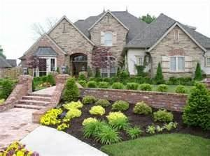 100's of landscaping ideas