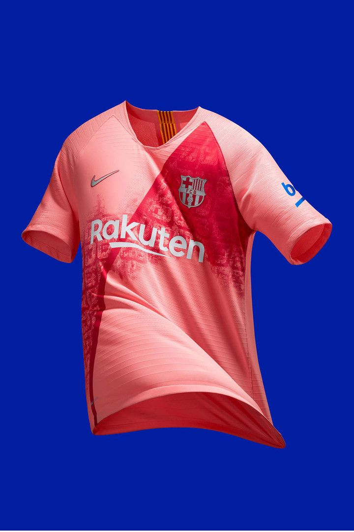 8ce2e5c58 FC Barcelona Celebrates Its Home City With 2018 19 Third Kit