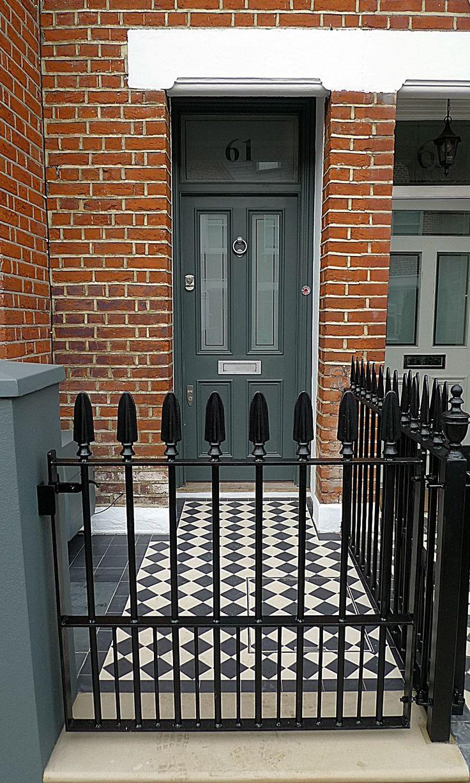 Grey colour scheme walls iron Balham formal front garden London Battersea Clapham