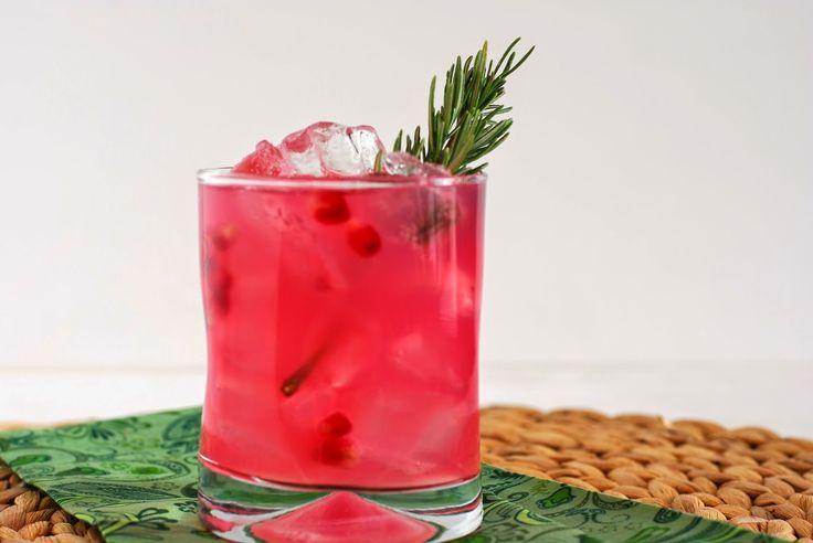 Happy Hour: Pomegranate Rosemary Vodka Tonic // Call Me Fudge | make ...
