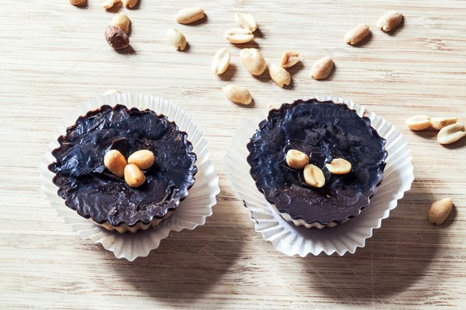 Check out Homemade raw cakes by Marian Kadlec on Creative Market