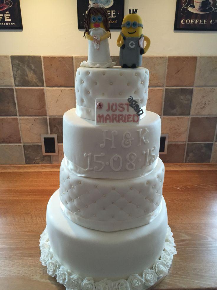 Weddingcake with Minions