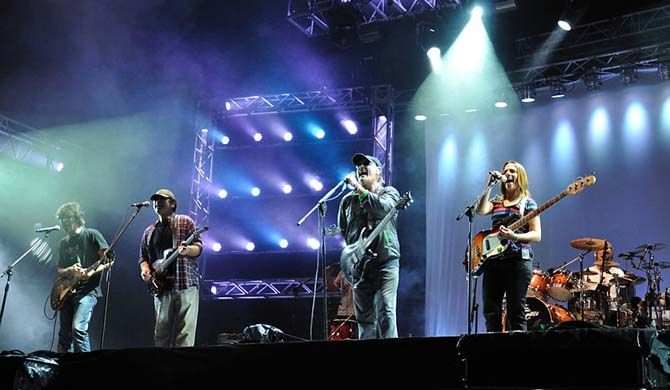 Cosquin Rock is an Argentine music festival, held annually since 2001. It is held at Cosquín, Córdoba. Important national rock singers and groups participate ... Get more information about the Cosquin Rock Festival 2017 on Hostelman.com #event #Argentina #music #travel #destinations #tips #packing #ideas #budget #trips #cosquin #rock #festival #2017 #festival