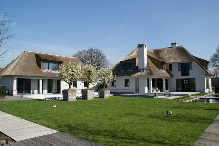 rietdekkersbedrijf Gregor van den Elzen - rietdekker - Villa Hoolstraat, Berkel Enschot, Brabant, Nederland