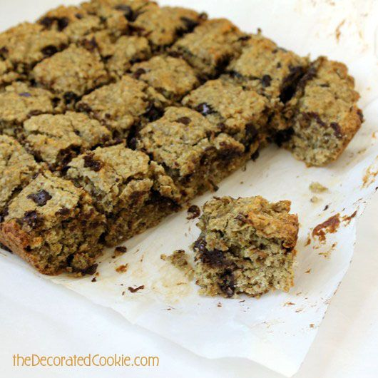 good-for-you banana oatmeal chip cookies | Chocolate Chip Bars ...