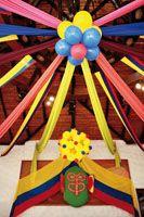 Decoración de fiesta temática colombiana. #FiestaTematicaColombiana