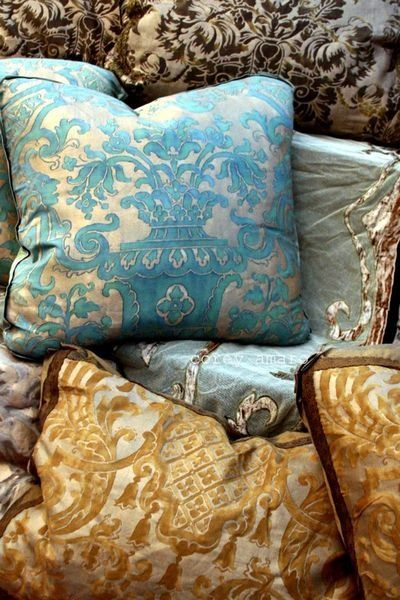 Pillows - Fortuny's Carnavalet pattern