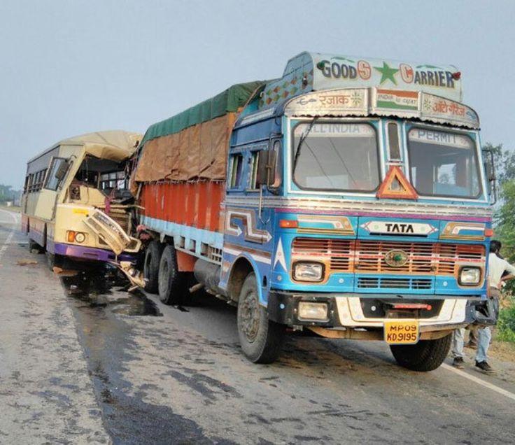 ST Bus Rams into Stationary Truck near Godhra: 5 killed, 21 injured