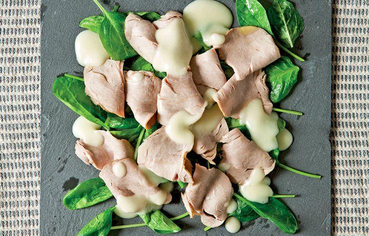 Ricetta Filetto di maiale freddo con vinaigrette e spinaci - Le ricette de La Cucina Italiana