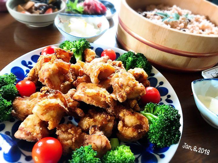 咲きちゃんの料理 うちの ザンギ🐔 (鶏のから揚げ)とお赤飯などで成人式の日のお昼ご飯