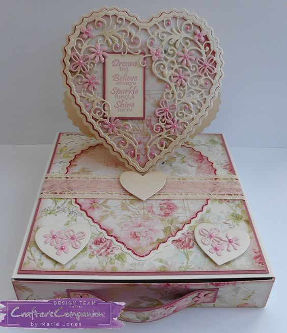 Easel Card Box Created using Crafter's Companion Die'sire Create-A-Card Heart Easel die. Designed by Marie Jones #crafterscompanion #ccgemini