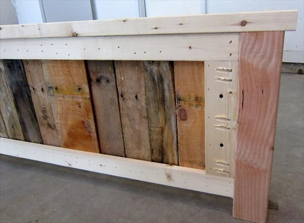 DIY Pallet Headboard - Before and After | 99 Pallets