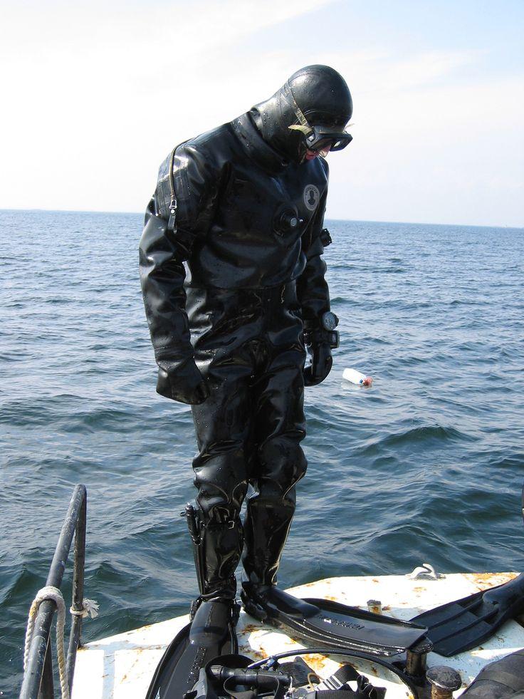 Frogman mititary pinterest - Navy seal dive gear ...
