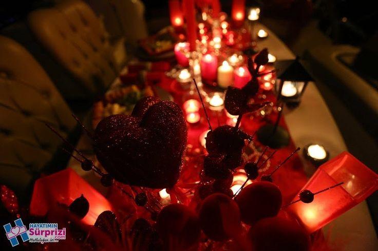 Sürpriz Evlilik Teklifleri: Masa Süsleme Sanatı