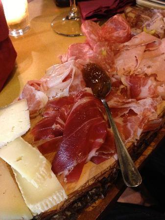Tagliere di Formaggi e Salumi. Le #ricette di Cacio #Vino Trallallà a #Firenze.