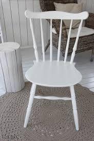 white chair, valkoinen pinnatuoli