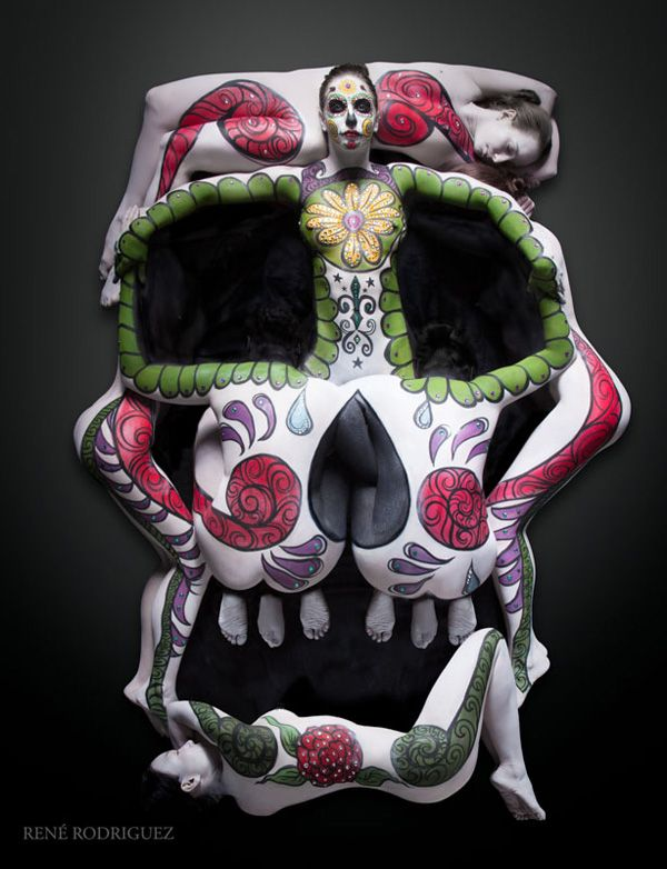 Wow the things that we can do with some imagination. Cheryl Lipstreu Bodypainting - 7 person sugar skull