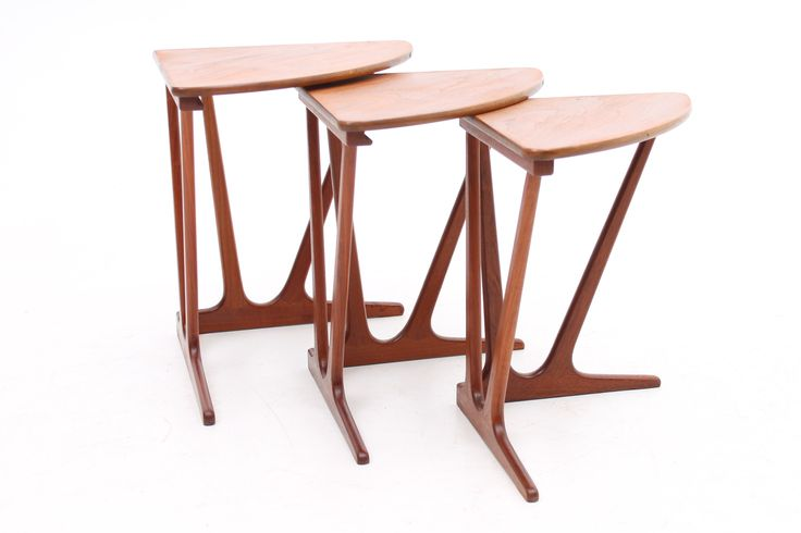 Corner nesting tables in teak. Designed and maniufactured by unknown danish cabinet maker. www.reModern.dk