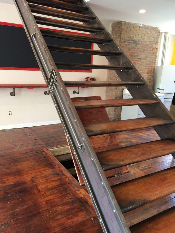 Best 10 Best Custom Steel Staircase Industrial Design Images 400 x 300