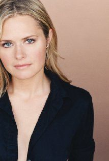 Maggie Lawson  played   Nancy Drew in the 2002 Movie entitled Nancy Drew, a young college student