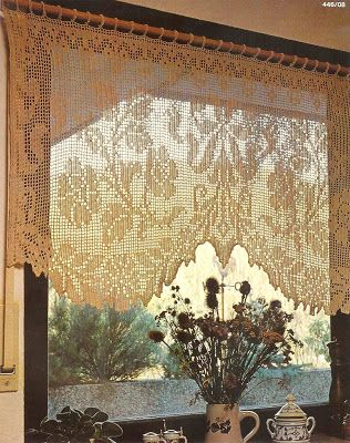 Victoria - Handmade Creations : Πλεκτή κουρτίνα με πλούσια δαντέλα