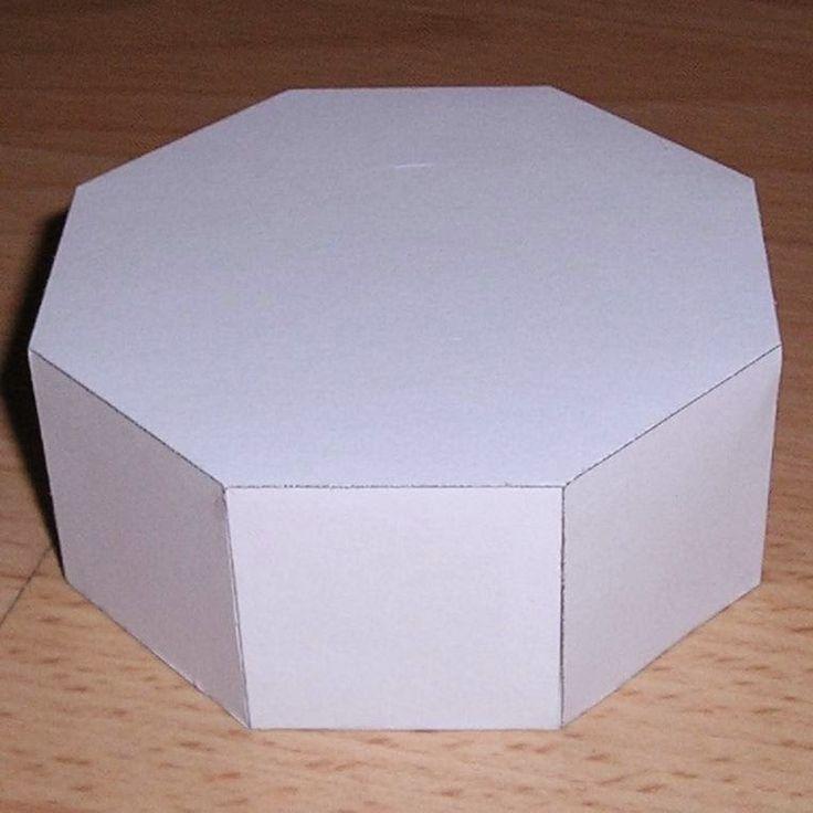 Postando, a pedidos, molde de pirâmide octogonal para imprimir + Molde de prisma octogonal para imprimir os elementos que compõ...
