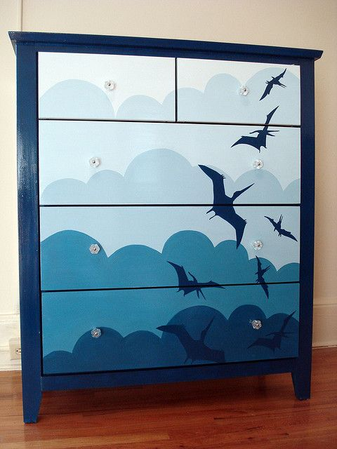 Lovely whimsical design on this upcycled chest. Would look particularly apt in an oriental themed room or a child's bedroom.