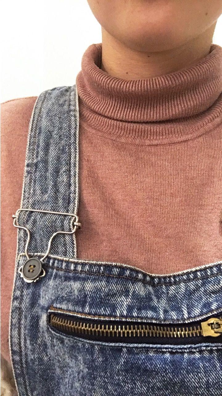 Peto vaquero vintage + jersey cuello vuelto primark
