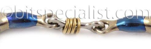 dubbel gebroken met koperen ringetjes. double jointed with copper rings