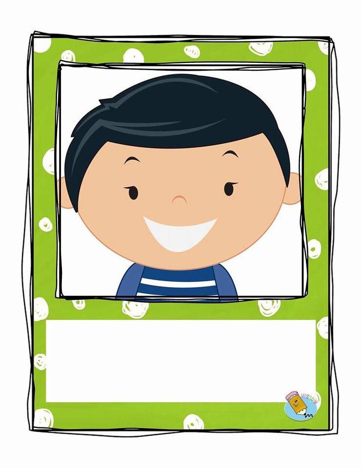 El alumno de primer año requiere de un gafete al inicio de curso para ser identificado por sus maestros  y compañeros.