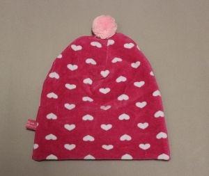 Velourinen sydänpipo tupsulla, pinkki  Sydämet vaan on niin <3
